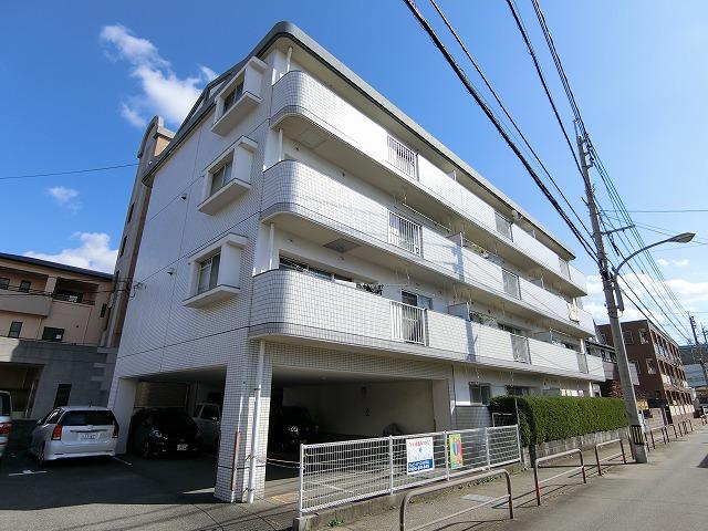 サン・ビィーム吉塚 / 403号室