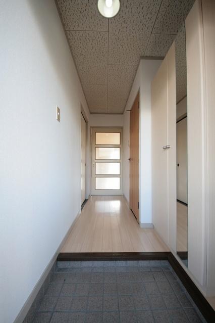本園ビル / 305号室玄関