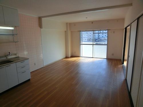 本園ビル / 403号室キッチン