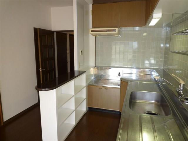 エスポワール空港通り / 201号室キッチン