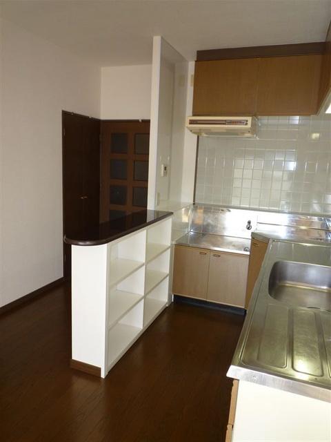 エスポワール空港通り / 301号室キッチン