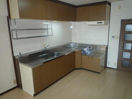エスポワール空港通り / 405号室キッチン