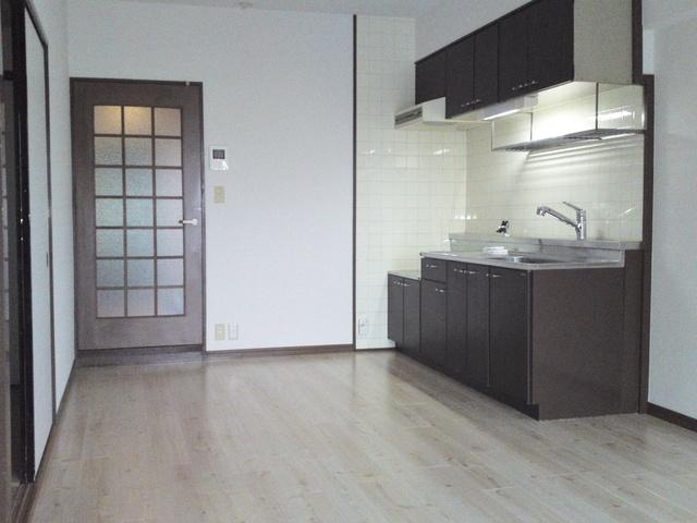 エクセレント田口 / 303号室リビング