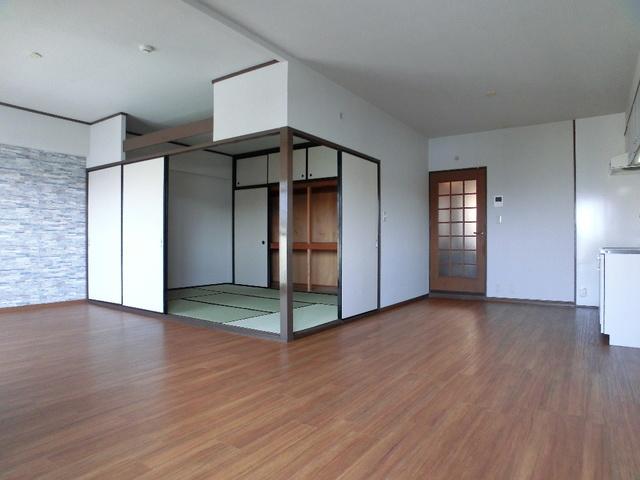 エクセレント田口 / 403号室リビング