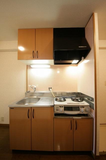 サークルフロント / 102号室キッチン
