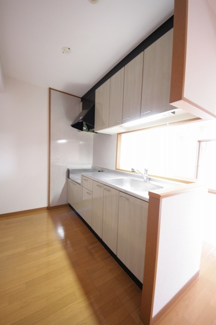 リバーランド箱崎Ⅴ / 405号室キッチン