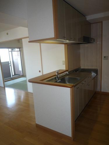 マノワール箱崎 / 405号室キッチン