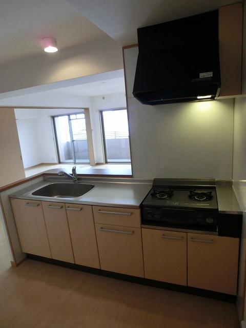 スターマイン / 705号室キッチン
