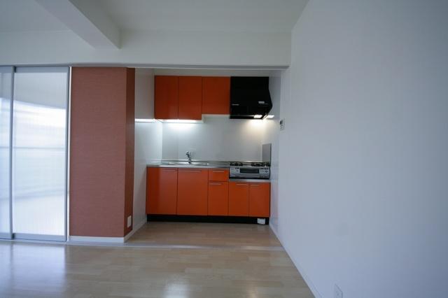 テゾーロカーザ / 202号室キッチン