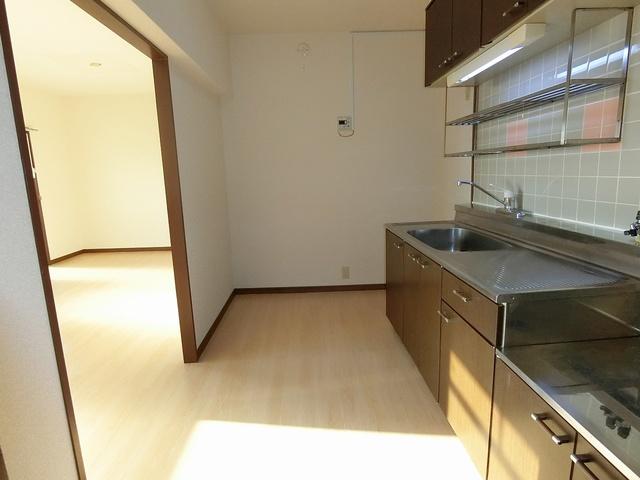 ガーデンハイツ志免 / 303号室キッチン