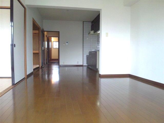 サンシャイン篠栗 / 2-301号室リビング