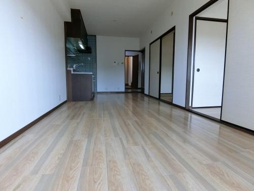 レジデンス・ウィステリア24 / 402号室キッチン