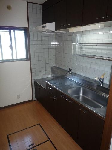 ヴィラフェリス空港南 / 102号室キッチン
