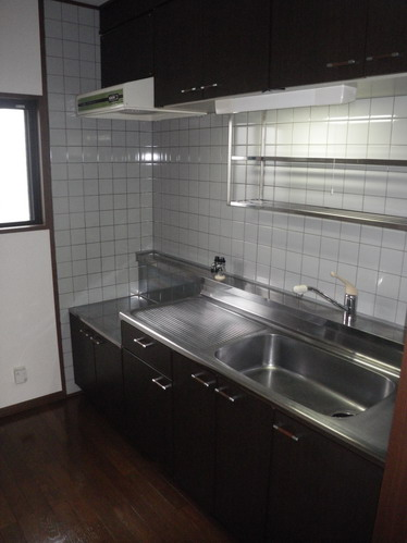 ヴィラフェリス空港南 / 302号室キッチン
