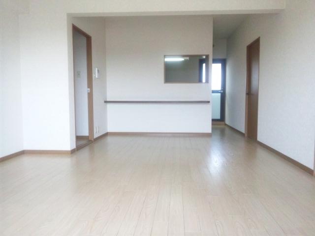 プレミール須恵 / 303号室リビング