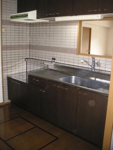 プレミール須恵 / 403号室キッチン