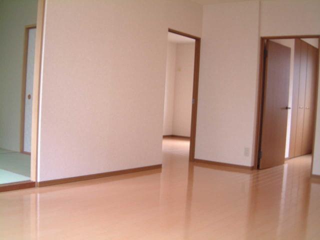 ティアラ 安川 / 103号室