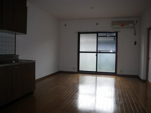 エントピア空港東(ペット可) / 203号室