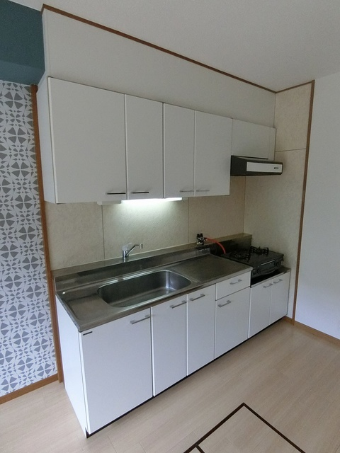 リヴェール伊賀 / 102号室キッチン