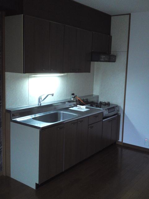 リヴェール伊賀 / 205号室キッチン