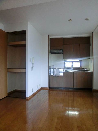 グランコート / 305号室キッチン