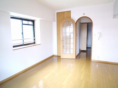 プレデュパルク壱番館 / 305号室洋室