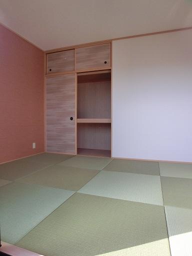 リヴェール伊賀Ⅱ / 101号室和室