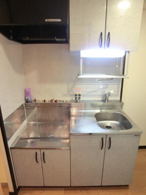 スクレーパー東 / 403号室キッチン