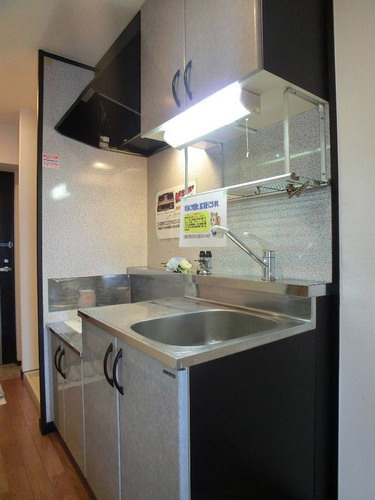 スクレーパー東 / 505号室キッチン