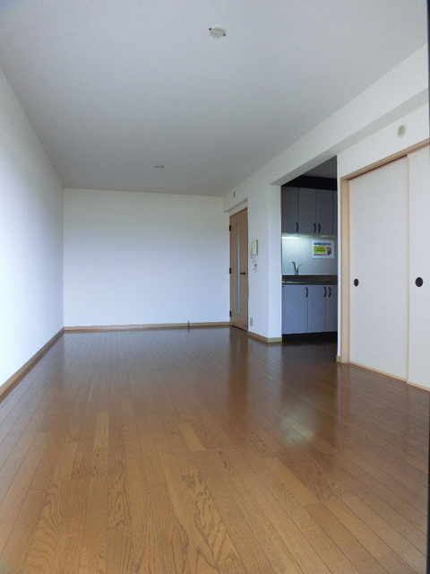ファミーユ博多の森 / 302号室リビング