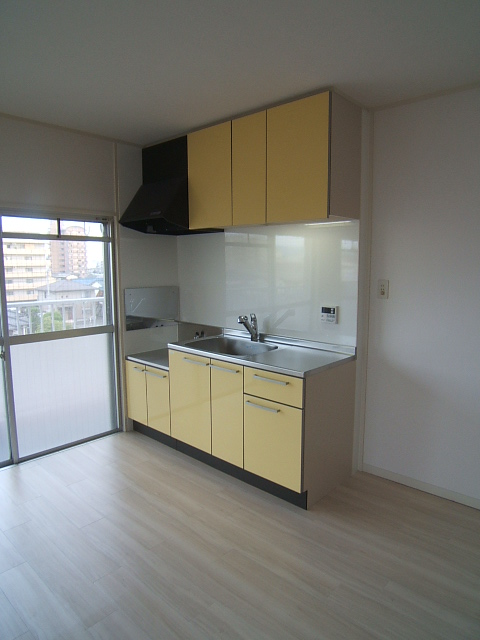 コーポラス梅津 / 405号室キッチン