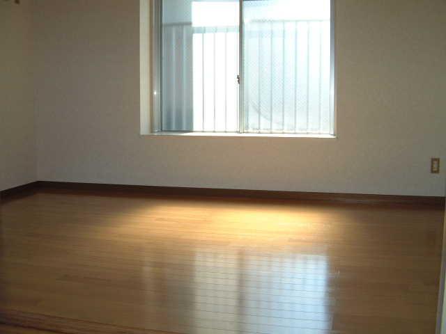 アベニュー88 / 302号室洋室