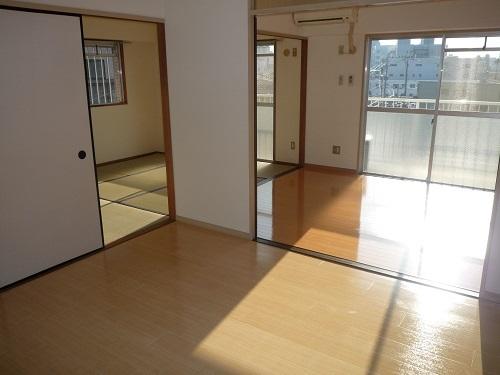本園ビル / 401号室リビング