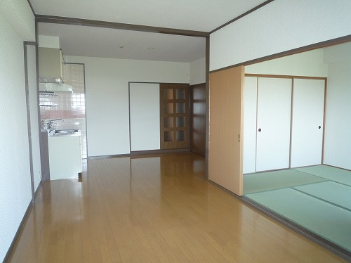 コープセンタービレッジ / 102号室キッチン