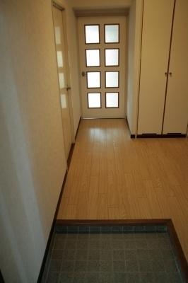 サン・ビィーム吉塚 / 401号室玄関