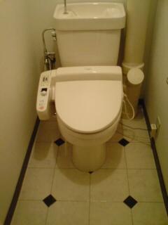 エスポワール空港通り / 401号室トイレ