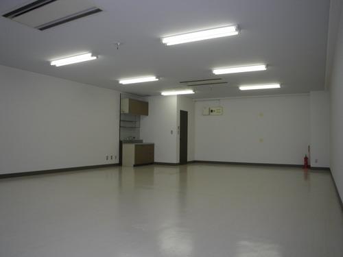 エスポワール空港通りテナント / 106号室