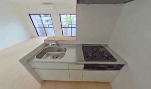 グランベルデ丸善 / 402号室キッチン