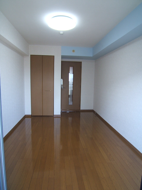 ルミノスコート / 707号室
