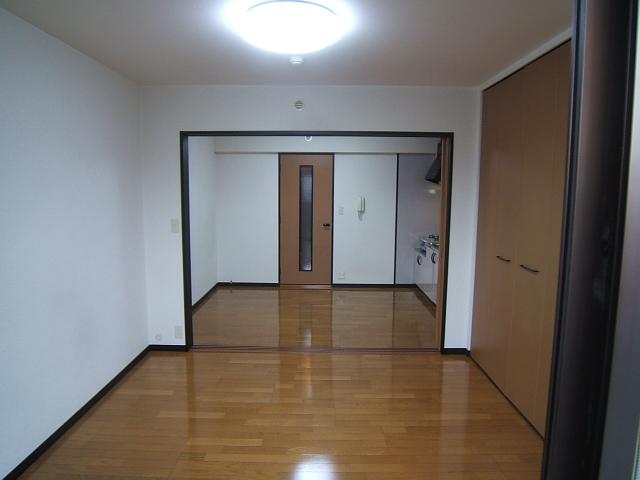 セトル吉塚 / 402号室リビング