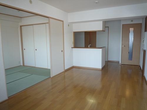 マノワール箱崎 / 405号室リビング
