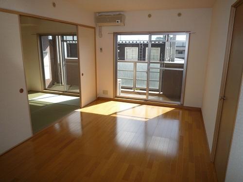 マノワール箱崎 / 702号室リビング