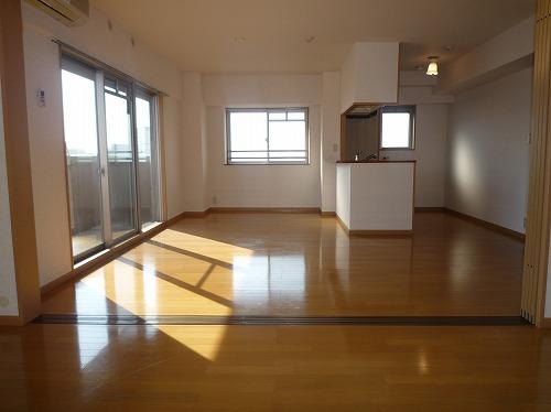 マノワール箱崎 / 706号室リビング
