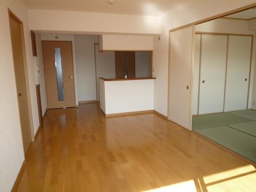 マノワール箱崎 / 802号室リビング