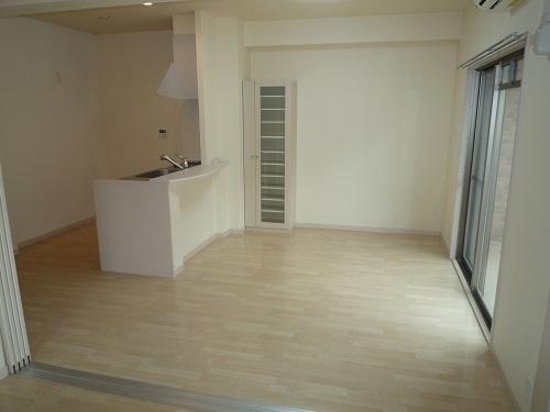 グランシャリオ / 303号室リビング