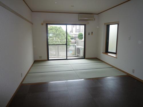 パークサイド黒川 / 304号室リビング