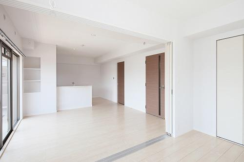 筥松なつめビル / 501号室リビング