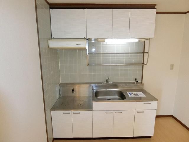 サンハイツKUDO / 405号室キッチン