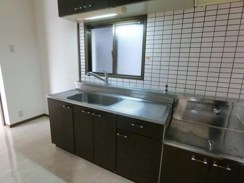 グランドール藤本 / 301号室キッチン