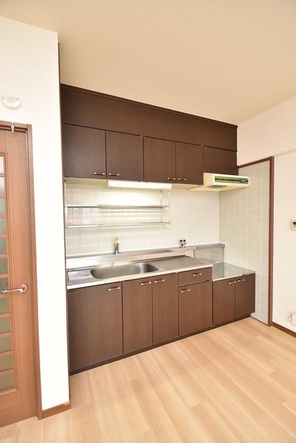 タウンコート志免 / 401号室キッチン